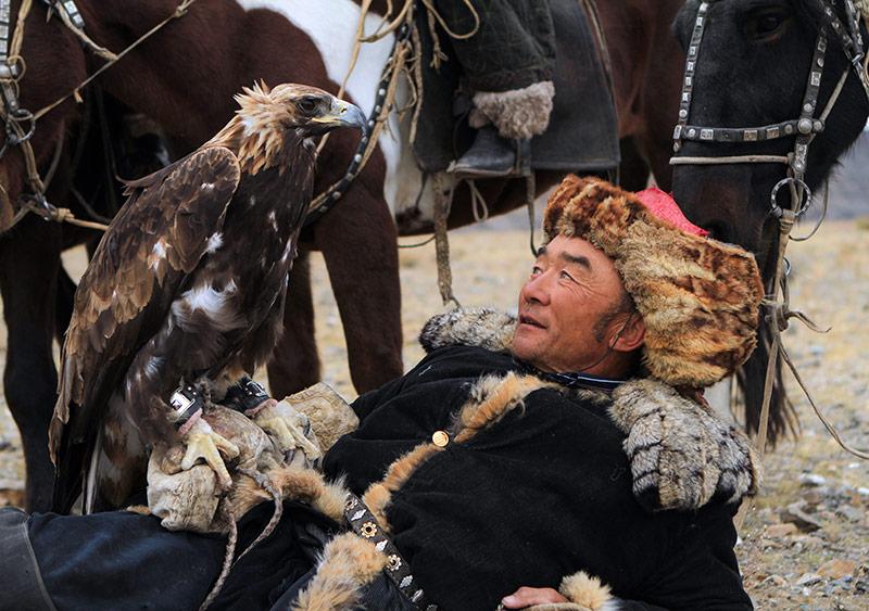 eagle-hunter-with-golden-eagle