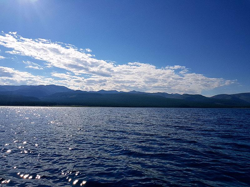 khuvsgul-lake
