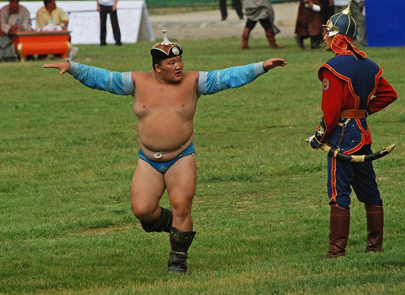 mongolian-wrestling