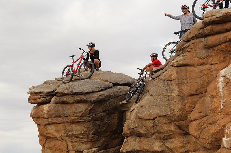 on-the-rocks-with-bicycles-at-ikh-nart