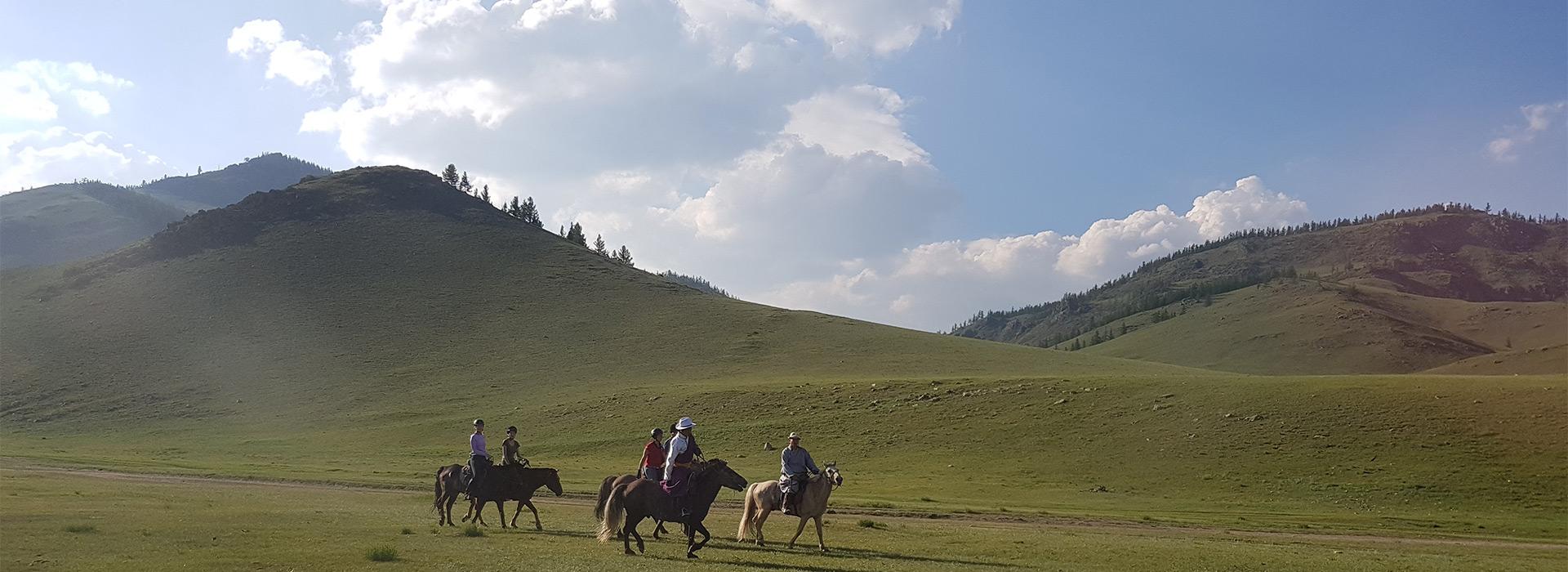 horseback-journeys-mongolia