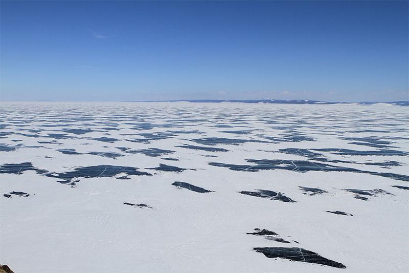 huvsgul-lake-ice