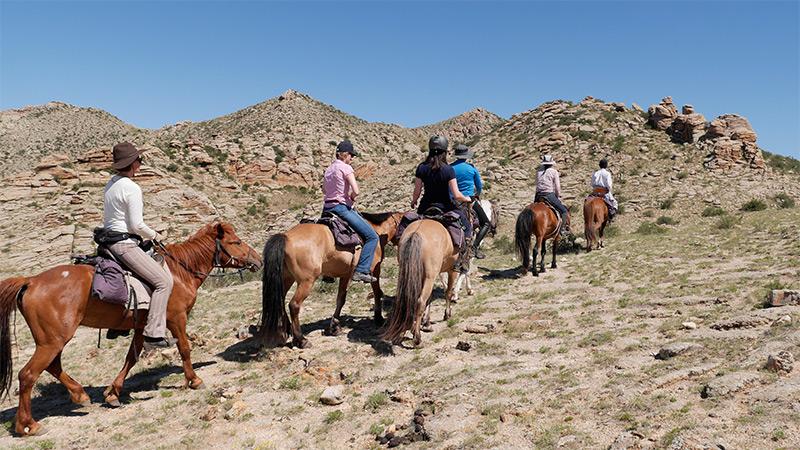 mongolia-horse-trekking