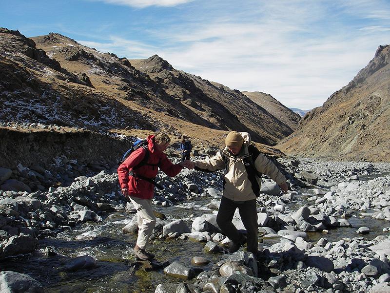 stream-in-altai-mountain