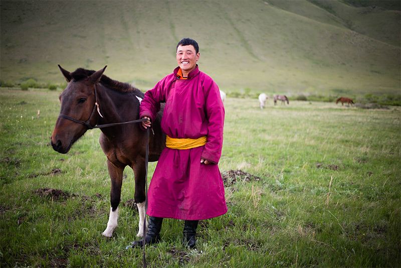 local-nomad-in-mongolia